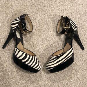 🦓Michael Kors Zebra Platform Heels ankle strap